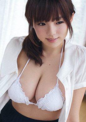 篠崎愛の下着やランジェリーの画像-01-013