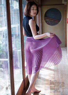 筧美和子の下着やランジェリーの画像-01-045