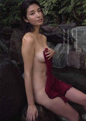 橋本マナミの下着やランジェリーの画像-01-061