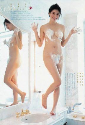 橋本マナミの下着やランジェリーの画像-01-039