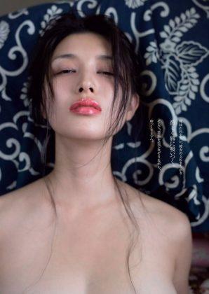 橋本マナミの下着やランジェリーの画像-01-056