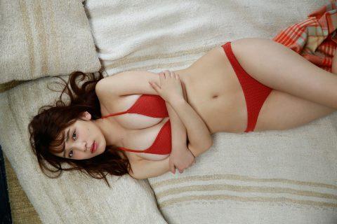 都丸紗也華の下着やランジェリーの画像-01-087