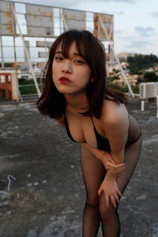 都丸紗也華の下着やランジェリーの画像-01-014