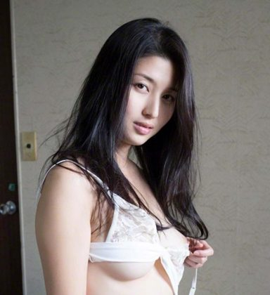 橋本マナミの下着やランジェリーの画像-01-042